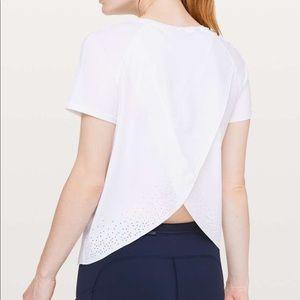 Lululemon Quick Pace Short Sleeve Size 8